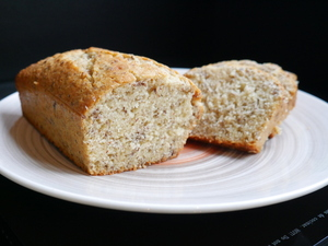 Yogurt spongecake with brown flax flour
