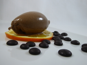 Bitter chocolate and orange ice-cream
