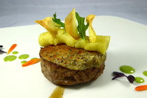 Labelburger with textured potatoes