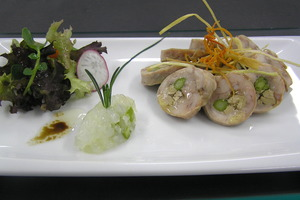 Quail stuffed with foie gras salad