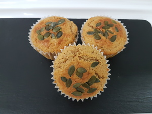 Pumpkin and cinnamon muffins