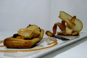 Hot pear puff pastry and caramel ice cream