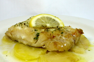 Braised hake with potatoes