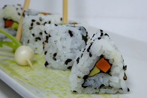 Uramaki (California roll)