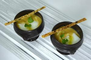 "Smoked ""porrusalda"" shot with confitted cod"