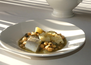 Vigilia stew with cod