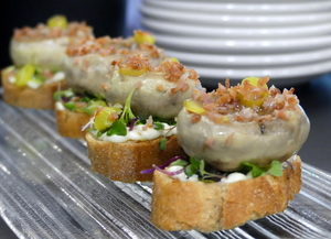 Ham and mushroom pintxo (fingerfood)